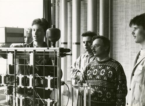 Wolfgang Löscher, Trainer VWBI (Mitte, vorn) mit TN